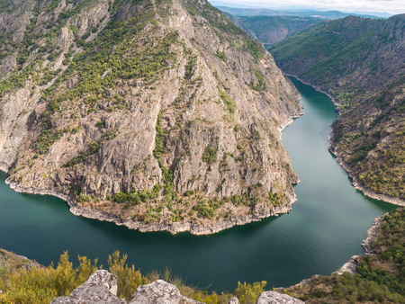 Spectacular view of Sil river canyon in the province of Ourense, Galicia, Spain. Ribeira Sacra turn view from Vilouxe viewpoint. Stock fotó