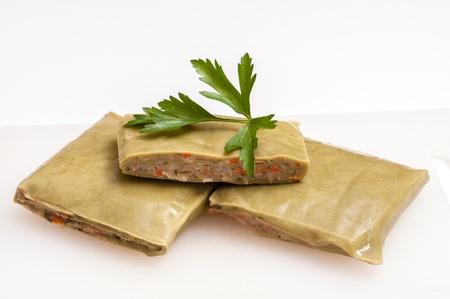 Rohe grüne vegetarische Maultaschen mit Petersilie Standard-Bild - 14770666