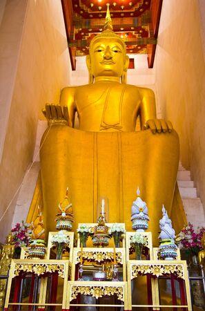 Sitting Buddha, Center of Thailand