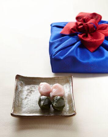 Songpyeon is a rice cake eaten on Korean holidays. Standard-Bild