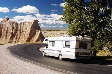 motorhome: Vacanza in una roulotte nel Badlands National Park.