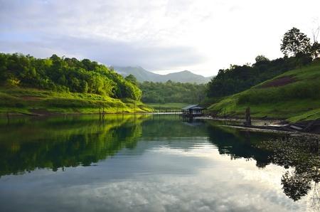 pi:  viewpoint pom pi. khao laem national park