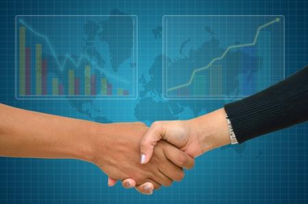 les mains tremblantes et femme d'affaires homme d'affaires