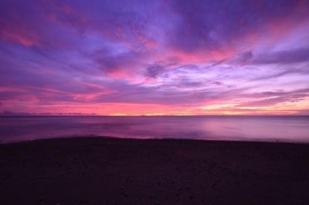 coucher de soleil crépuscule sur la mer d'Andaman, Thaïlande