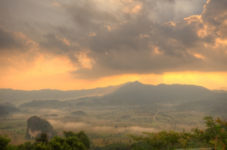 Sunshine on the morning mist at Phu Lang Ka, Phayao Province, Northern Thailand,HDR Stock Photo - 16931145