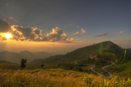 Viewpoint beautiful mountain at  Doi-Pha-Tang  Chiang rai , northern Thailand  HDR  Stock Photo - 16931212