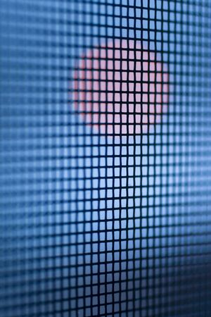 A juxtaposition of red and blue, circle and square. Stockfoto