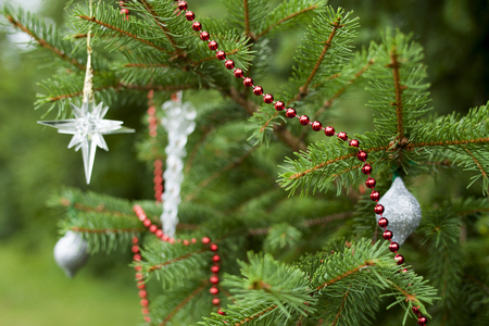 christmas beads: Soft Focus Sparsely Decorated Christmas Tree
