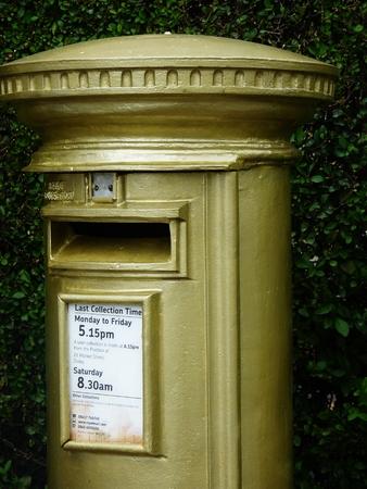 addressee: gold post box celebration sports medal