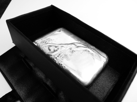 sterling silver nude luxury vesta case