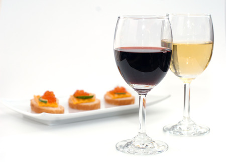 nibbles: Wine and nibbles