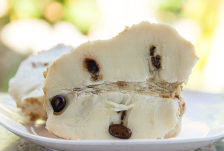 custard apple after peel and custard apple after being dissected