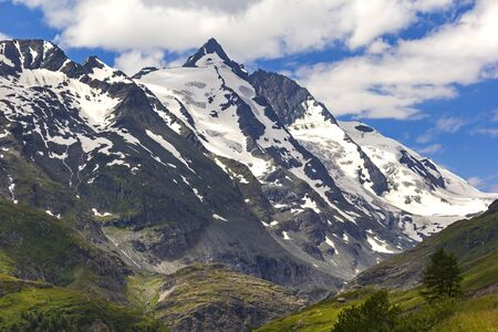 grossglockner: View into the landscape alongside the Grossglockner High Alpine Road. Stock Photo