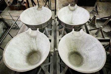 ladles: ladles in steel plant for liquid metal