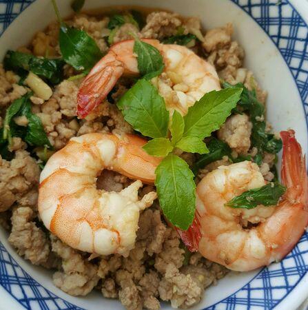 stir-fried pork shrimp and basil