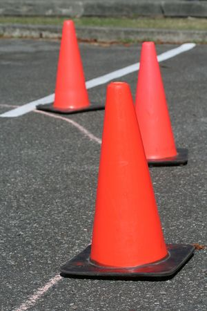 Red plastic traffic safety cone Imagens