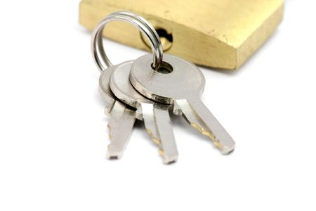slot met sleuteltje: slot en grendel met een witte achtergrond