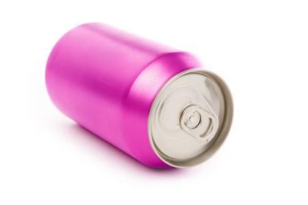 lata de refresco: soda rosa en blanco puede con fondo blanco