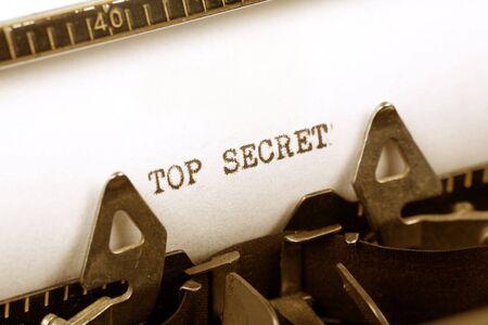 타자기 샷, 개념의 일급 비밀을 닫습니다.