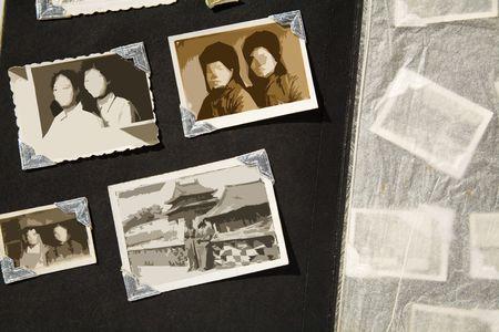 foto: Foto Album gekleurd met oude foto's, alle foto's zijn wazig, dus u kunt gebruik maken van de foto frame en zet je foto inch