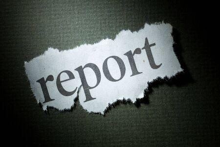 見出しのレポート、ニュース報告書の概念