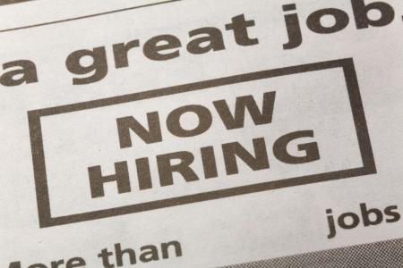 신문 고용 광고, 지금 고용, 고용 개념 스톡 콘텐츠