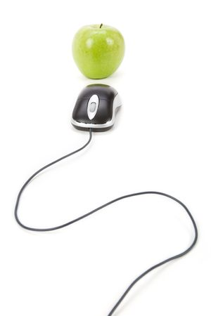 green apple and computer mouse, concept of online learning Stock Photo - 3118070