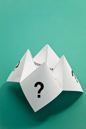 unsure: Paper Fortune Teller,concept of uncertainty