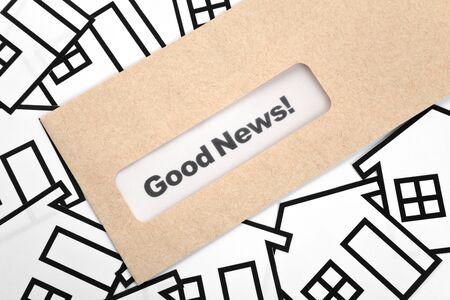 Goed nieuws en Home teken, concept van succes