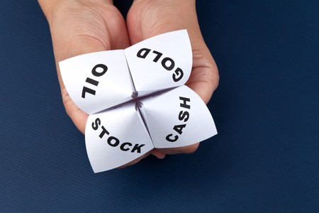 Paper Fortune Teller, Gold; Oil; Cash; Stock, concept of business decision Stock Photo - 7870661