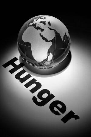 hambriento: globo, concepto de los problemas del hambre en el mundo   Foto de archivo