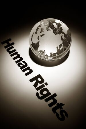 diritti umani: globo, concetto di diritti umani