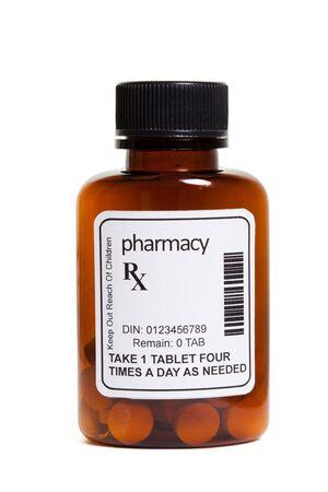 Bouteille pilule, le concept de soins de santé et médecine Banque d'images - 12753530