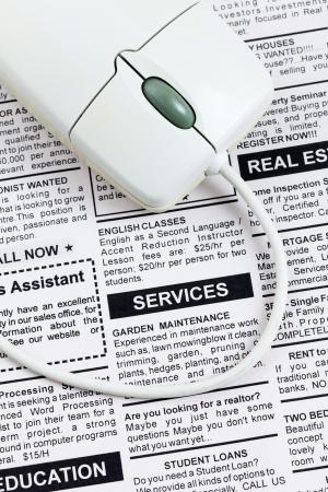 가짜 분류 광고, 신문, 서비스 개념.