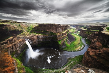 palouse: Palouse Falls at Washington State