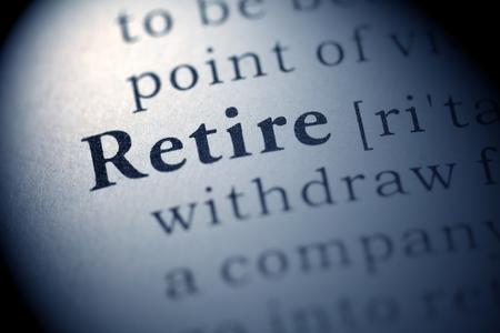 prendre sa retraite: Faux Dictionnaire, D�finition du dictionnaire le mot retraite.