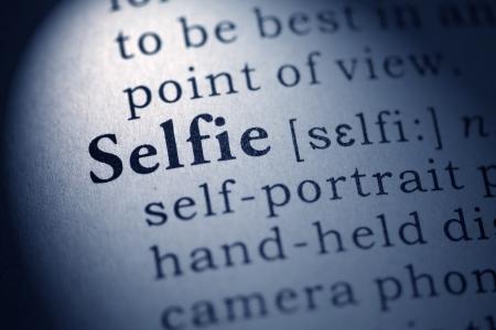 definici�n: Diccionario Fake, Definici�n del diccionario de la palabra selfie