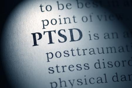 Falso dizionario, la definizione del dizionario della parola PTSD Disturbo Post Traumatico da Stress Archivio Fotografico - 25164801