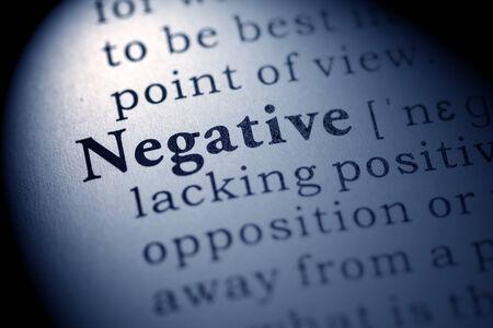 definicion: Diccionario Fake, Definición del diccionario de la palabra negativa