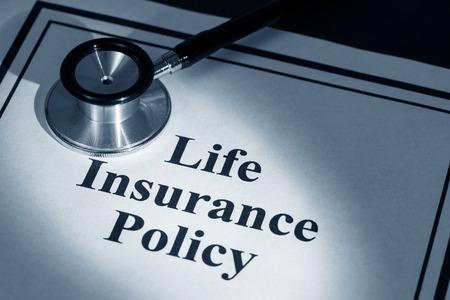 Stetoscopio e di assicurazione sulla vita politica, Archivio Fotografico - 25768609