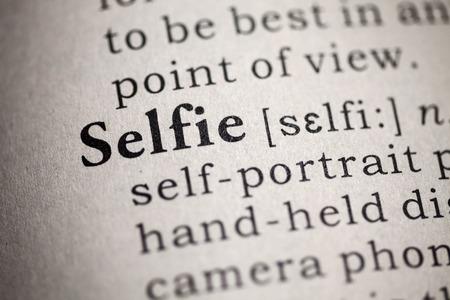 defini��o: Dicion�rio Falso, Defini��o de dicion�rio da palavra selfie