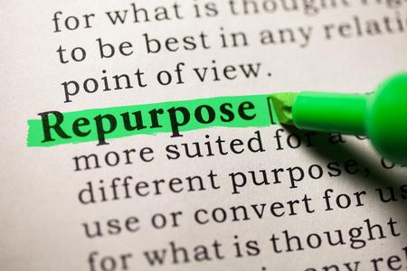 가짜 사전, 단어의 사전 정의 repurpose