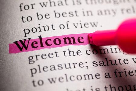 핑크색으로 강조 표시된 단어 환영