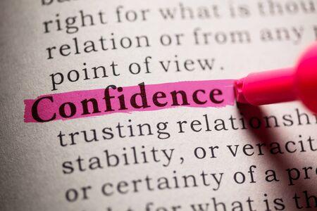 가짜 사전, 단어 신뢰의 정의. 스톡 콘텐츠