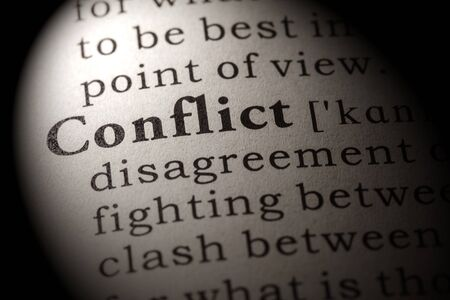 conflicto: Diccionario Fake, Definición del diccionario de la palabra conflicto