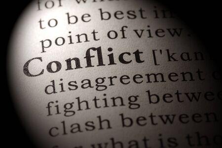 Fałszywe słownik, słownik definicja konfliktu słowo