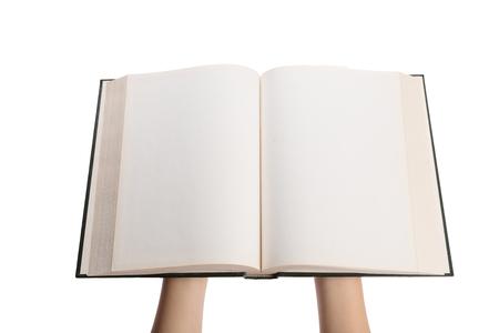 libros antiguos: páginas blancas en blanco en un libro de tapa dura abierto aislado en un fondo blanco. Foto de archivo