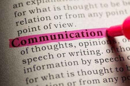 definicion: Falso diccionario, definici�n de la palabra comunicaci�n.