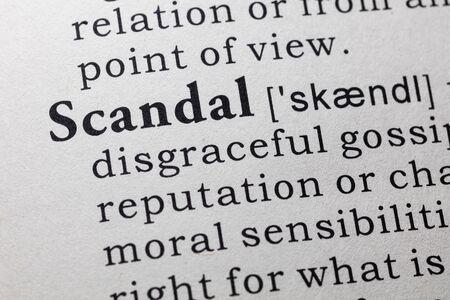 Dictionnaire Faux, Définition du dictionnaire du mot scandale. Banque d'images