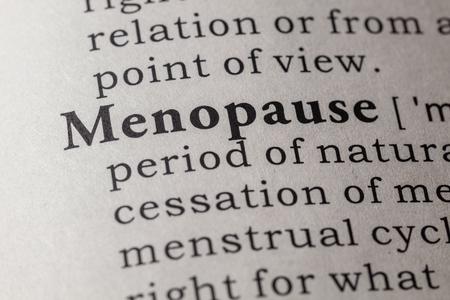 Dizionario falso, la definizione del dizionario della parola menopausa. Archivio Fotografico - 66069125